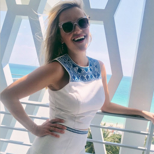Reese Witherspoon at hotel in Miami